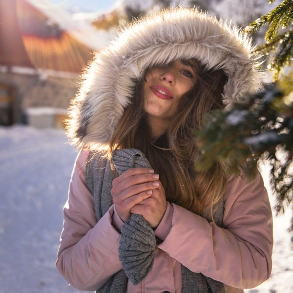 СВЕЖ И СНЕЖЕН СЛЕДОБЕД НА ВИТОША - Tom Tailor pink parka CRISP AND SNOWY AFTERNOON AT VITOSHA MOUNTAIN