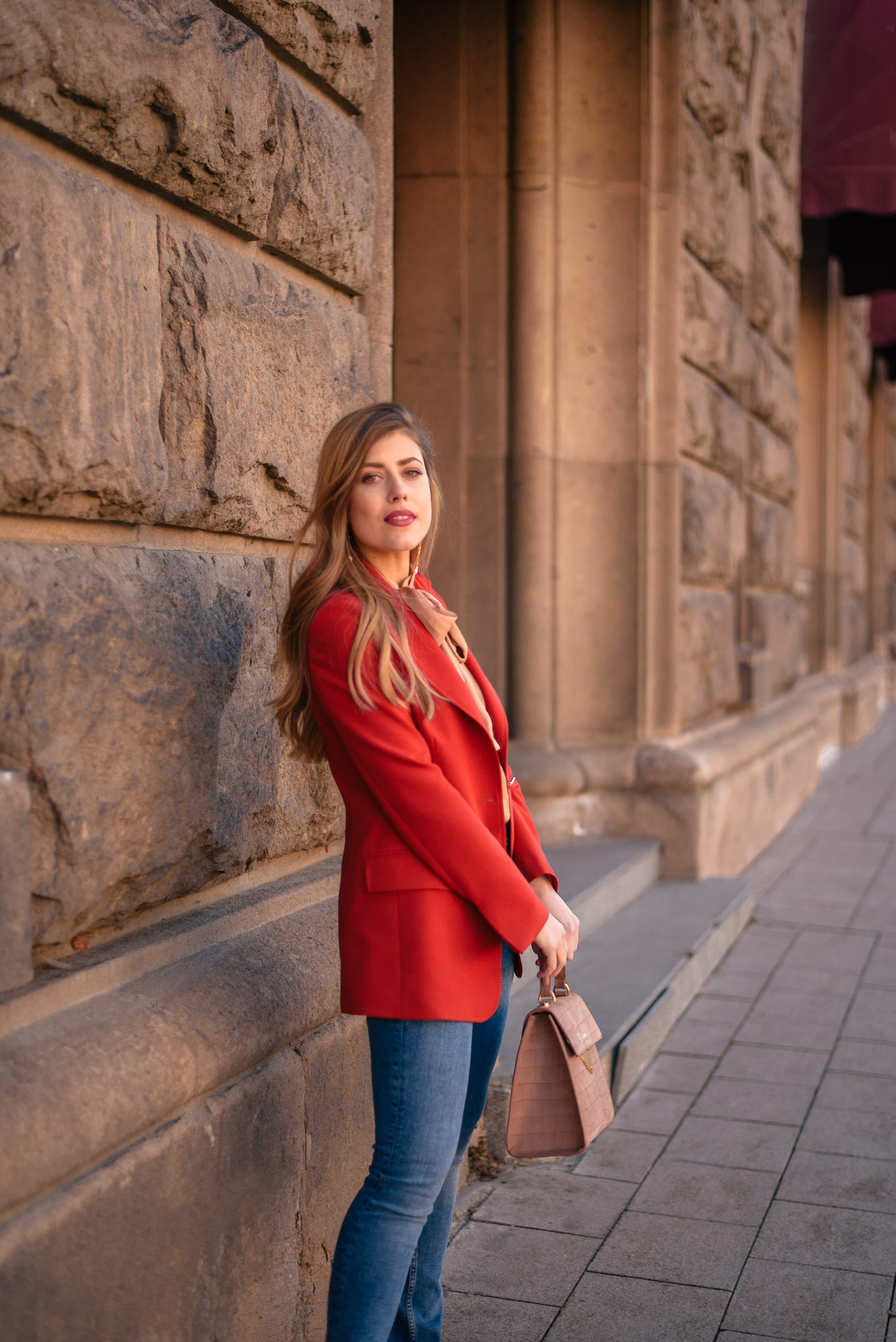Wearing a red blazer for spring summer 2019
