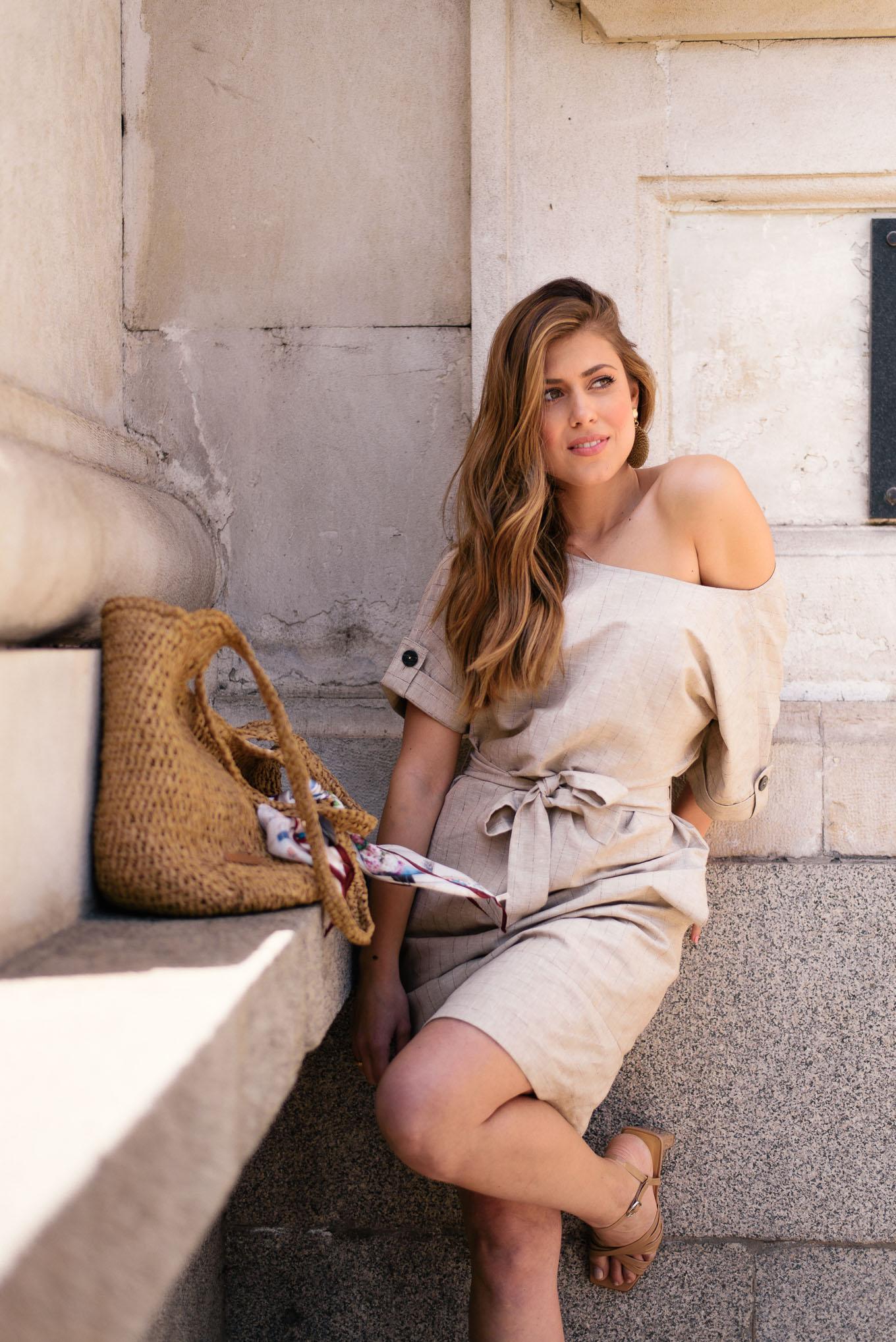 Красивата блогърка Денина Мартин