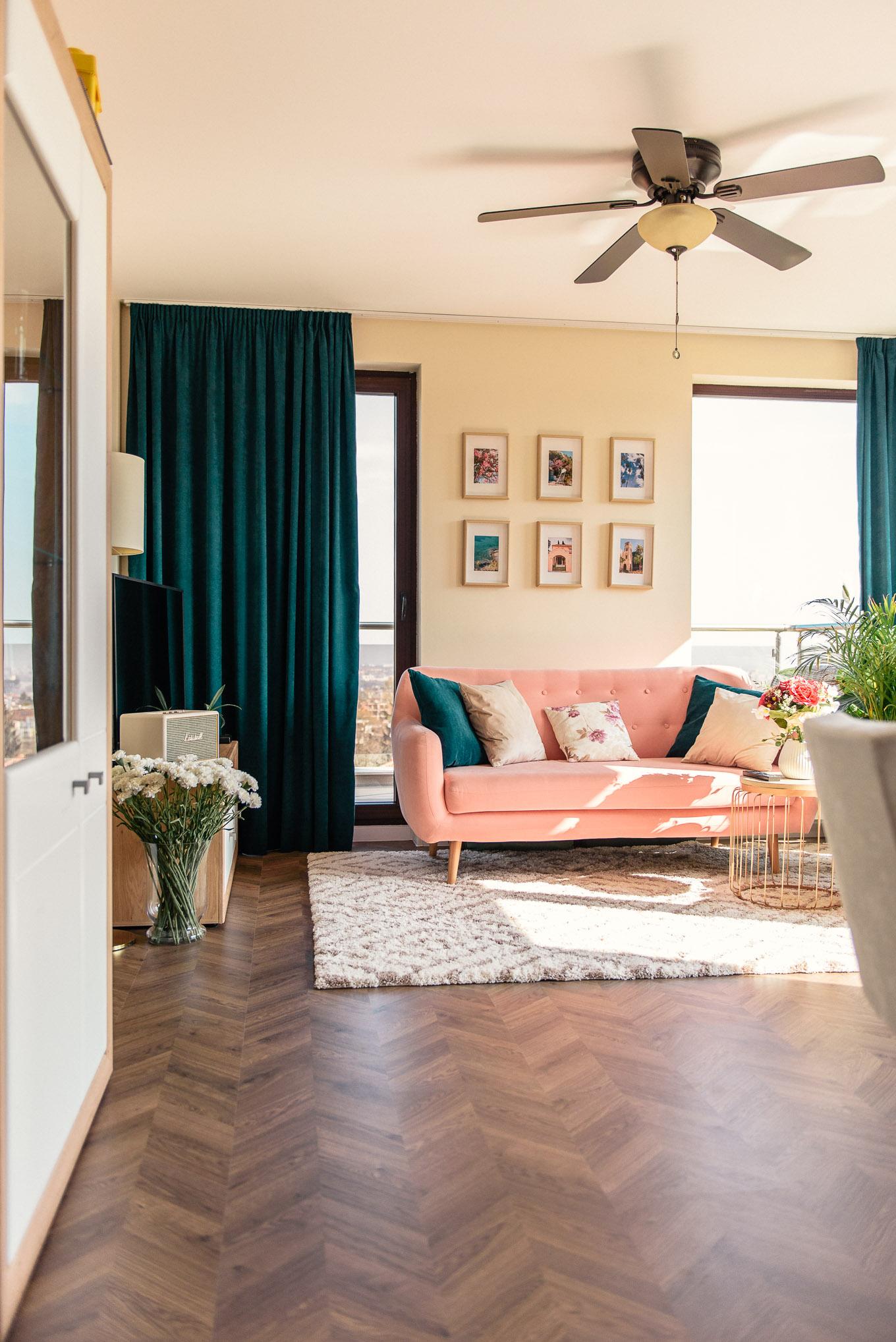 Tricks to make living room appear larger