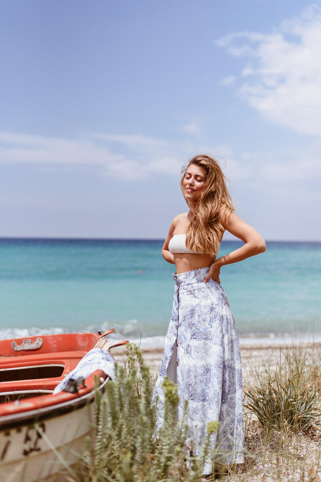 Beach style blogger wearing bikini