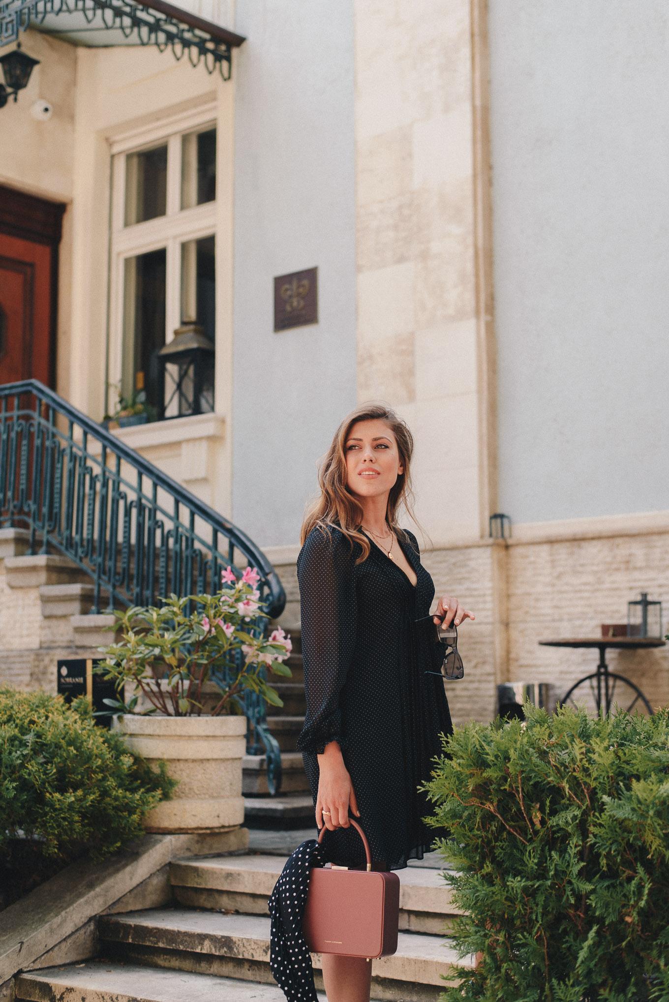 Pretty fashion and style blogger
