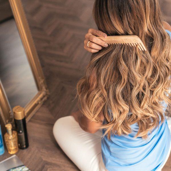 Soft and discreet hairstyle waves - ето как къдря косата си