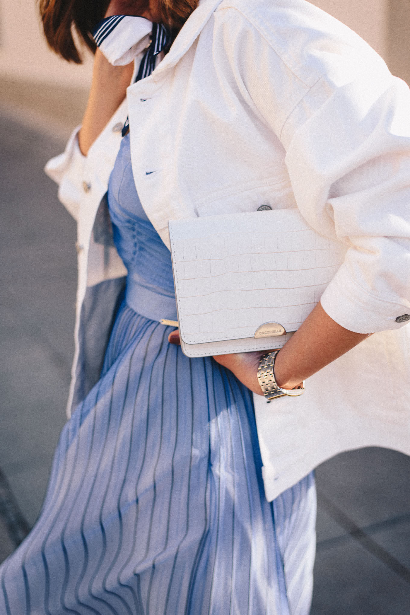 Details of outfit