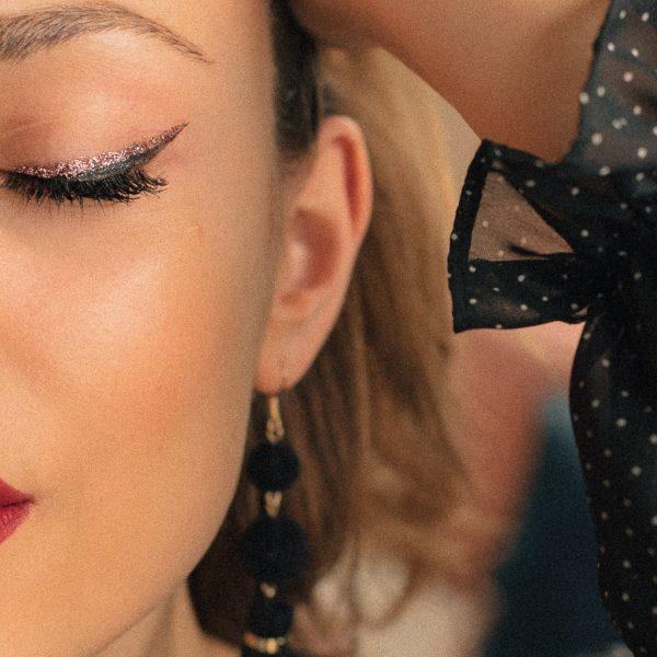 Date night makeup look ideas - бляскава интерпретация на любимия вечерен грим