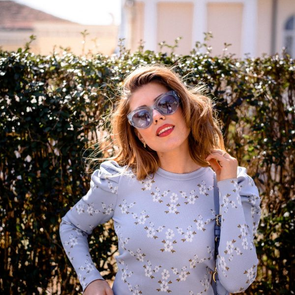 Zara styling blogger headshot