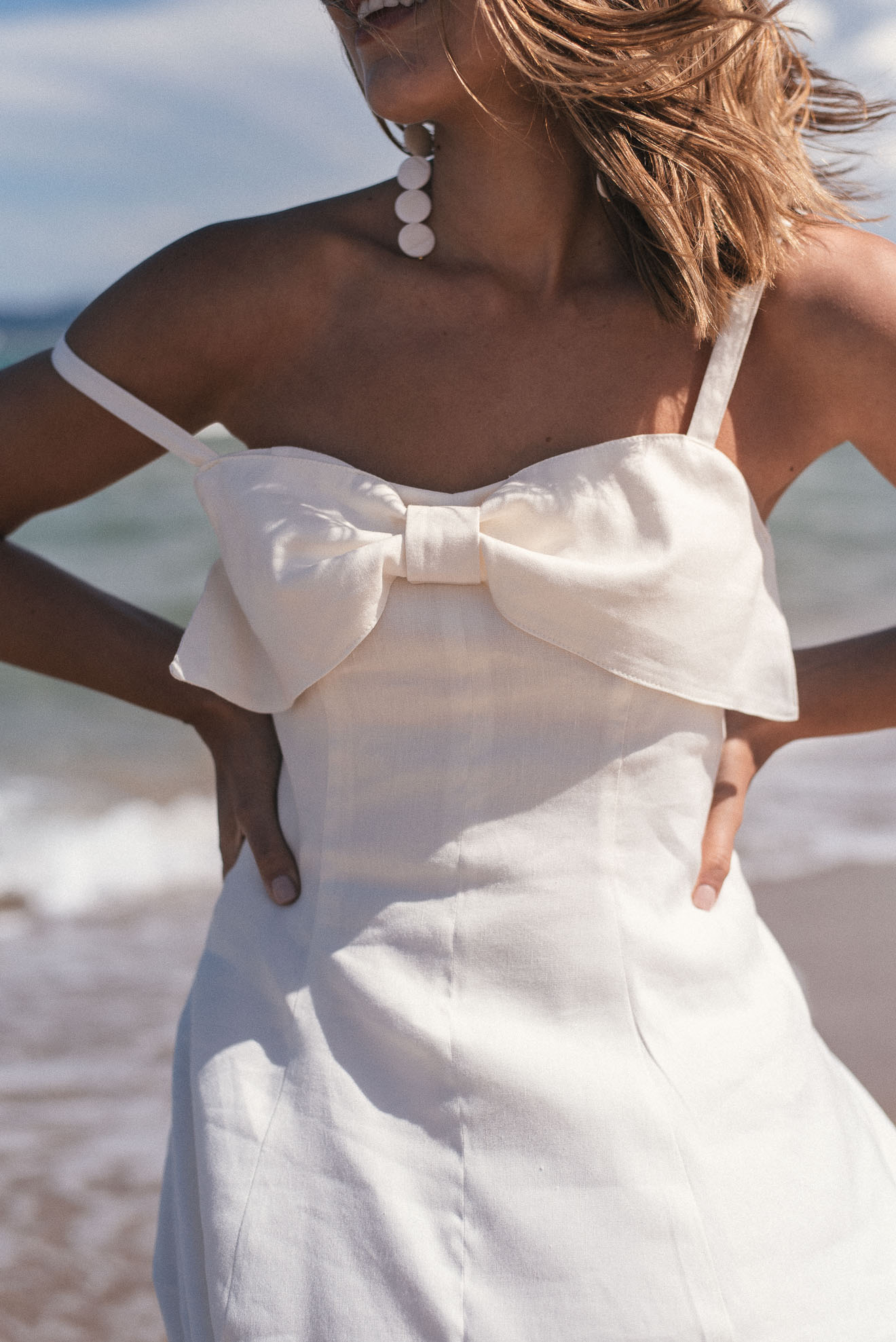 Dress details made of linen collection_9462