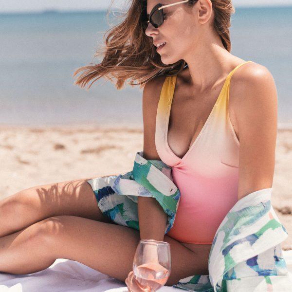 Swimsuit summer edition - Щастието слънце, плаж и розе