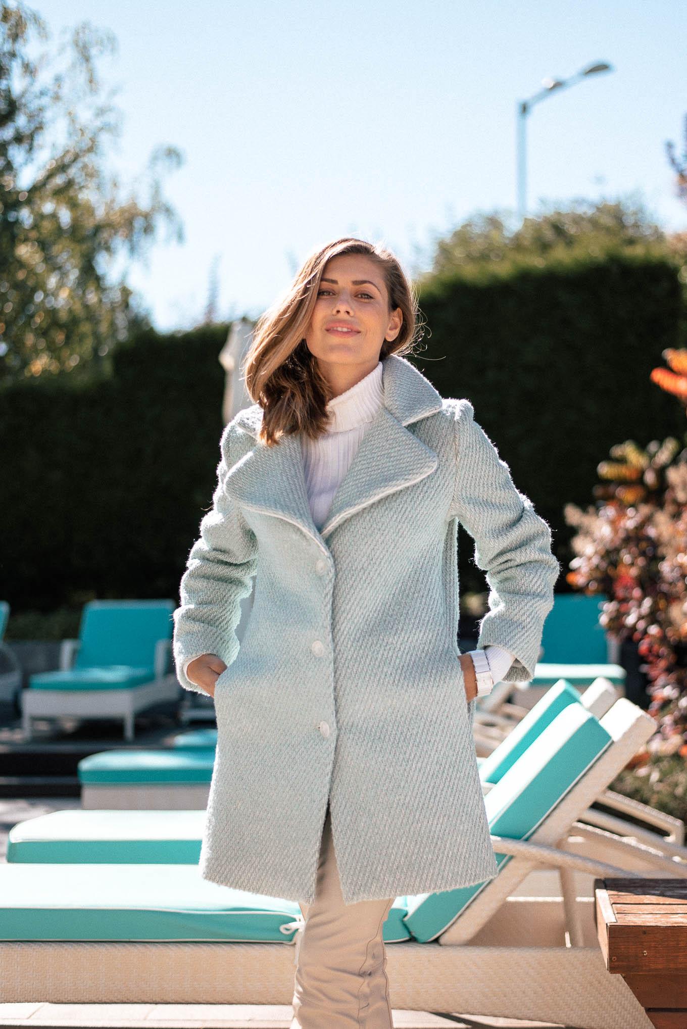 Свежо палто в ментов цвят от колекцията Denina Martin