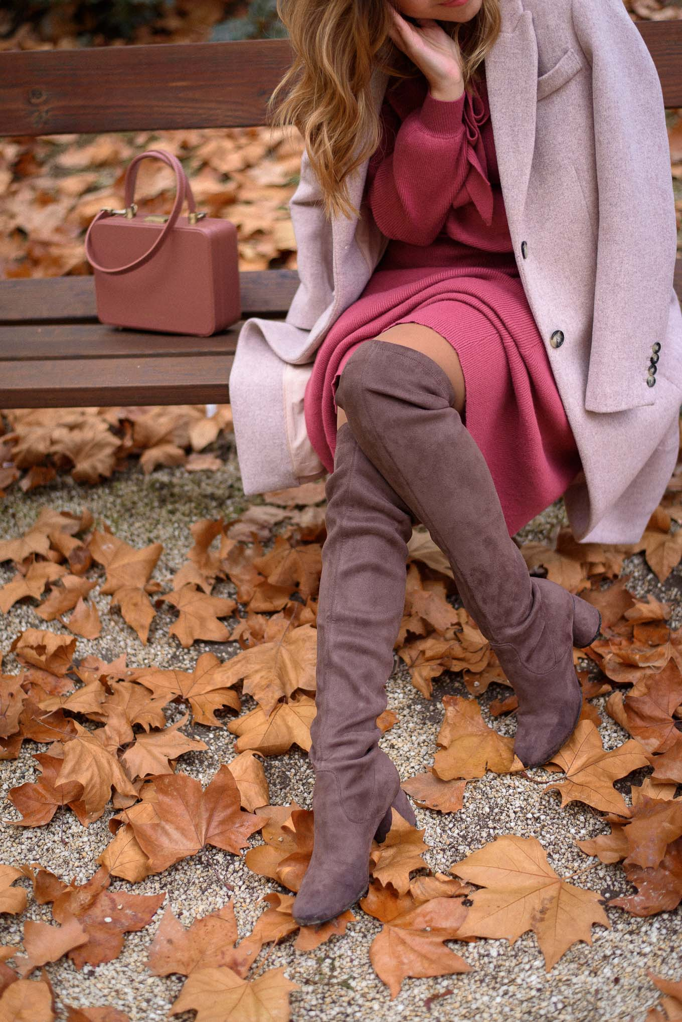 Wearing punto tosca blu boots